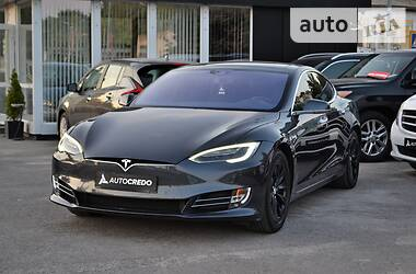 Седан Tesla Model S 2016 в Харькове