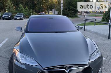 Tesla Model S 2013 в Львові