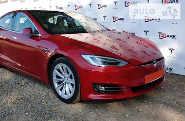 Tesla Model S 2017 в Ирпене
