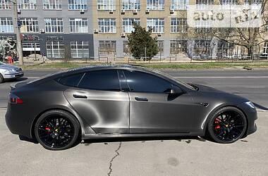 Лифтбек Tesla Model S 2018 в Одессе