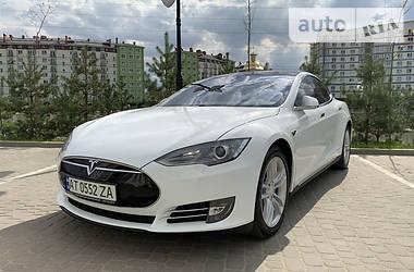 Tesla Model S 2015 в Івано-Франківську