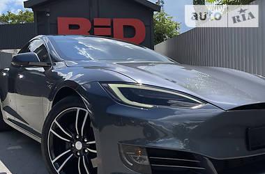 Ліфтбек Tesla Model S 2018 в Одесі