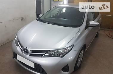 Toyota Auris 2015 в Днепре