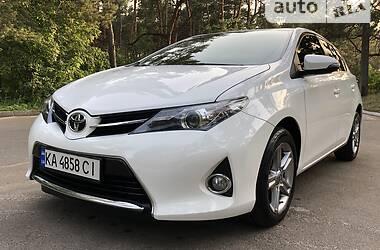 Хэтчбек Toyota Auris 2013 в Киеве