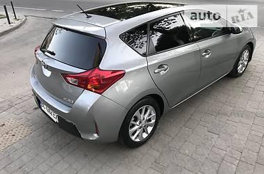 Хэтчбек Toyota Auris 2013 в Львове