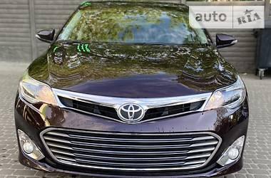Седан Toyota Avalon 2013 в Харькове