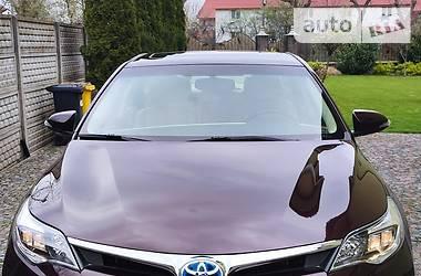 Седан Toyota Avalon 2015 в Берегово