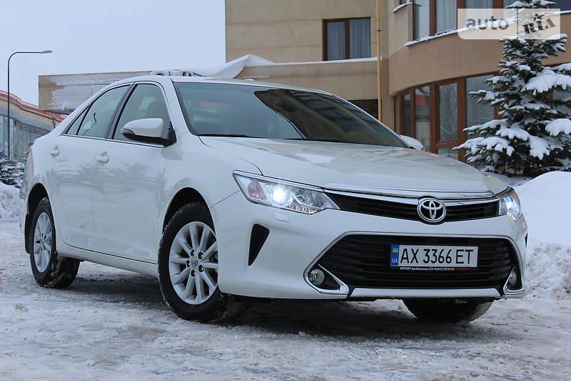 Toyota Camry 2017 года в Харькове
