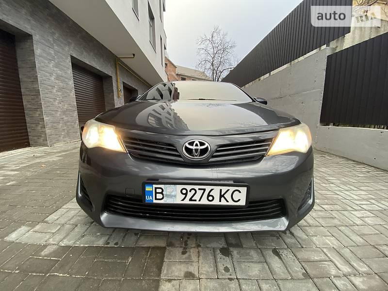 Toyota Camry 2013 в Хмельницком
