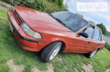Toyota Carina 1991 в Черновцах