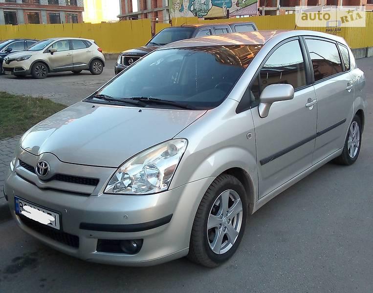 Toyota Corolla Verso 2006 в Львове