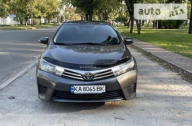 Седан Toyota Corolla 2014 в Києві