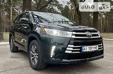 Toyota Highlander 2017 в Киеве