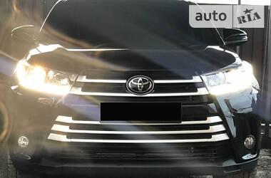 Toyota Highlander 2018 в Ирпене