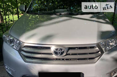Внедорожник / Кроссовер Toyota Highlander 2012 в Кривом Роге