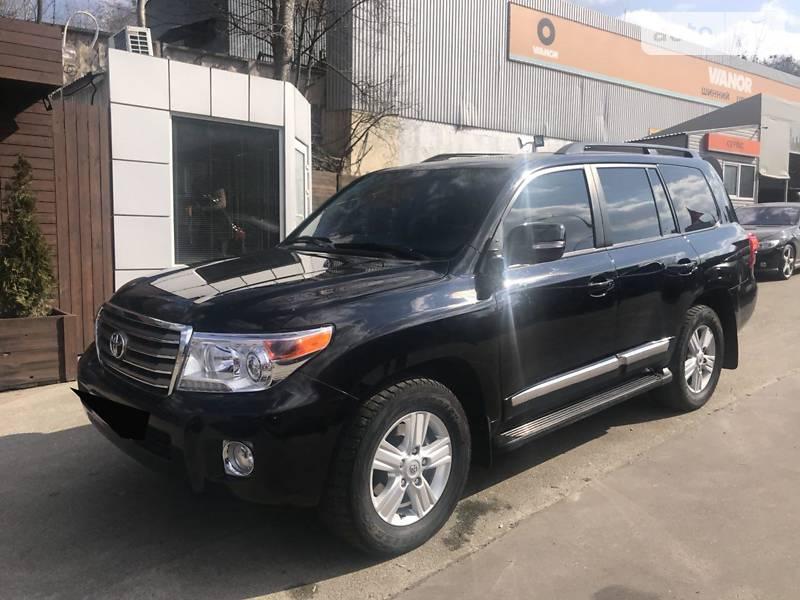 Toyota Land Cruiser 2012 года