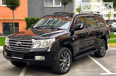 Toyota Land Cruiser 200 2008 в Киеве