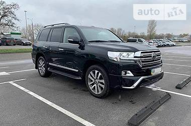 Toyota Land Cruiser 200 2016 в Киеве