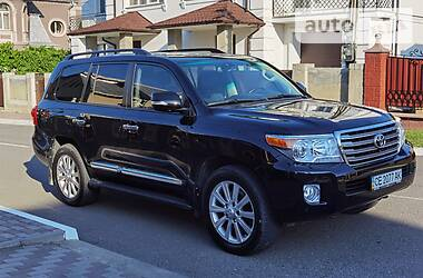 Toyota Land Cruiser 200 2012 в Черновцах