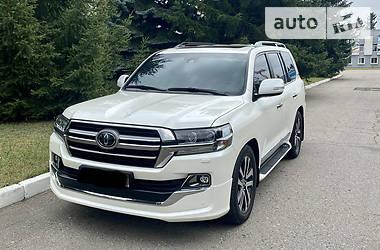 Внедорожник / Кроссовер Toyota Land Cruiser 200 2019 в Полтаве