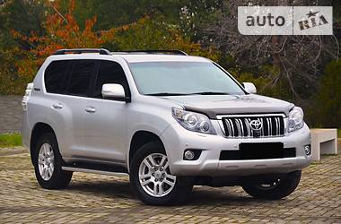 Toyota Land Cruiser Prado 2011 в Киеве