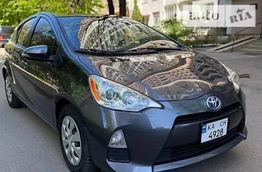 Хэтчбек Toyota Prius C 2014 в Константиновке