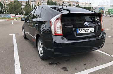 Хэтчбек Toyota Prius 2013 в Николаеве
