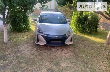 Хэтчбек Toyota Prius 2018 в Полтаве
