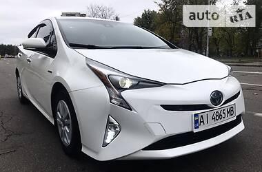 Лифтбек Toyota Prius 2016 в Киеве