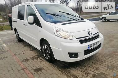 Легковой фургон (до 1,5 т) Toyota Proace 2015 в Ровно