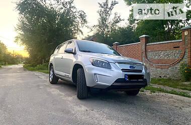 Внедорожник / Кроссовер Toyota RAV4 EV 2012 в Харькове