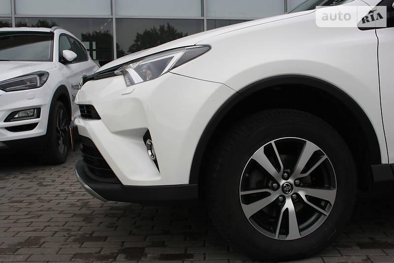 Toyota RAV4 Официальное Авто 4*4 2017