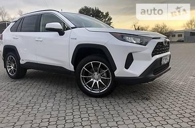 Позашляховик / Кросовер Toyota RAV4 2019 в Чернівцях