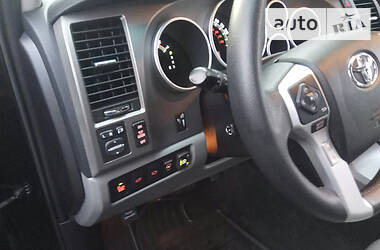 Toyota Sequoia 2017 в Киеве