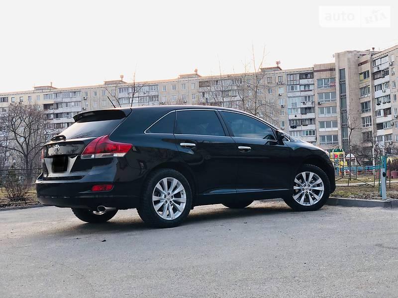 Toyota Venza 2014 года в Киеве