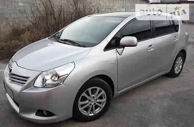 Toyota Verso 2011 в Новограде-Волынском