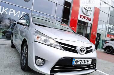 Toyota Verso 2013 в Житомире