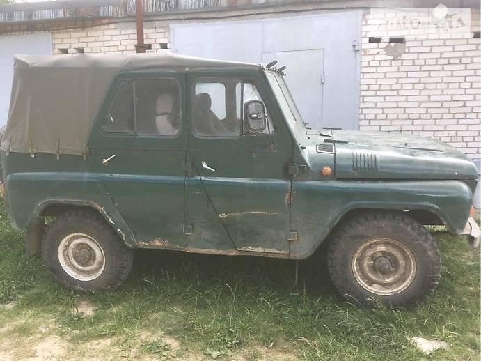 UAZ (УАЗ) 3151201 1988 года в Луцке