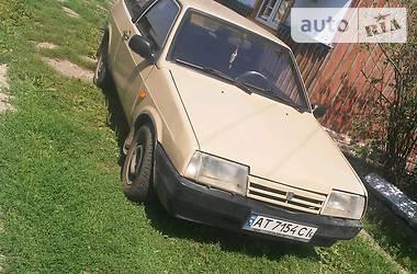 Седан ВАЗ 2108 1992 в Снятине