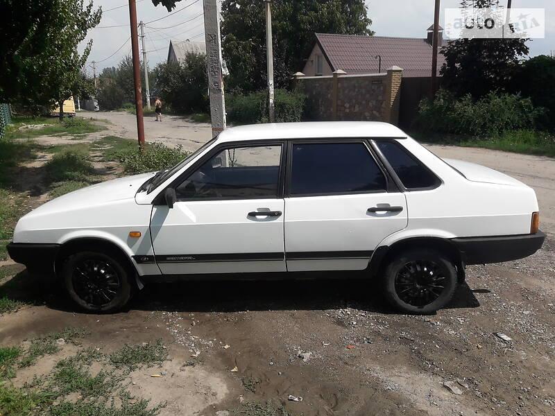 Седан ВАЗ 21099 1995 в Запорожье
