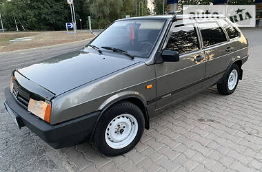 ВАЗ 2109 1995 в Изюме