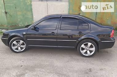 Седан Volkswagen Bora 2002 в Ильинцах
