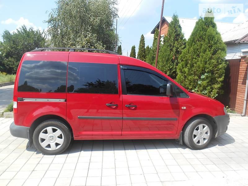 Volkswagen Caddy пасс. 2010 в Макеевке