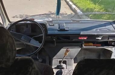 Легковой фургон (до 1,5 т) Volkswagen Caravelle 1988 в Дрогобыче