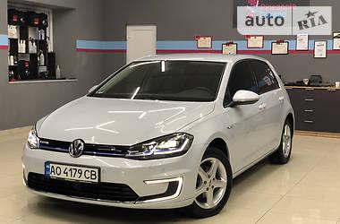 Хетчбек Volkswagen e-Golf 2017 в Ужгороді