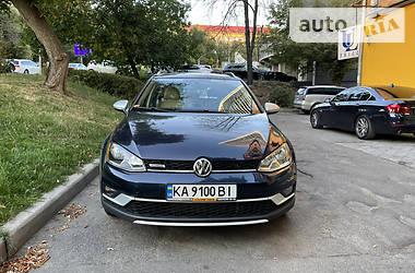 Унiверсал Volkswagen Golf Alltrack 2016 в Києві