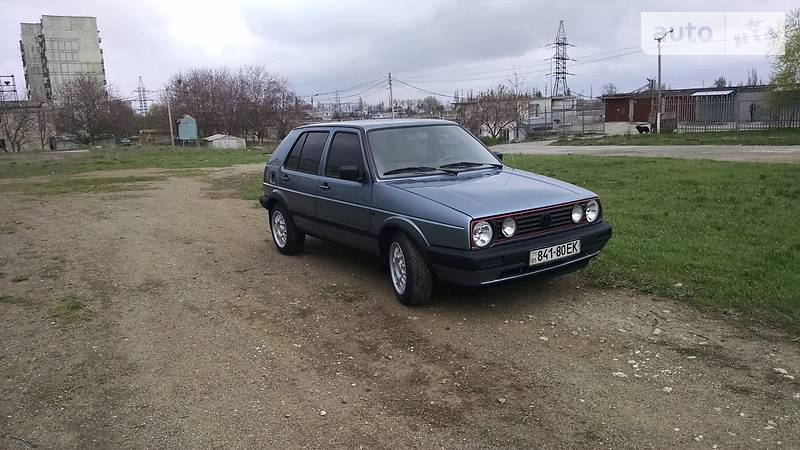 Volkswagen Golf 1991 года в Донецке