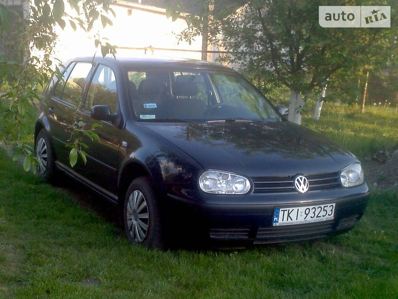 Volkswagen Golf IV 1998 в Березному