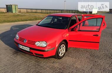 Volkswagen Golf IV 2000 в