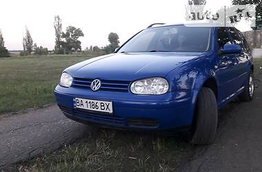 Volkswagen Golf IV 1999 в Петрове